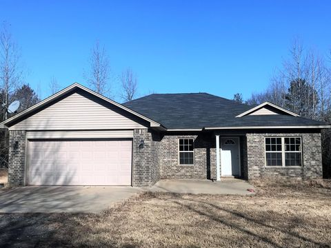 Photo of 421 Williams Ridge Dr, Dover, AR 72837