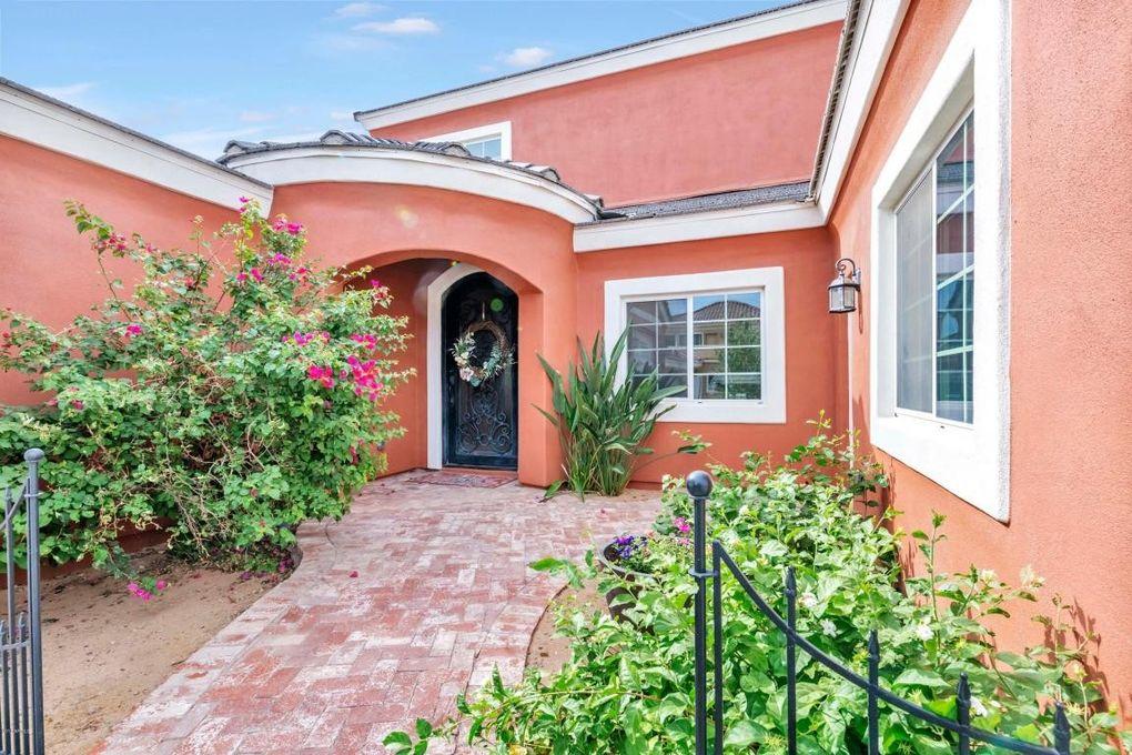 16819 E Palm Beach Dr, Queen Creek, AZ 85142