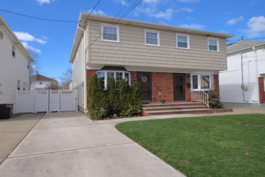 344 Fairbanks Ave Staten Island, NY 10306