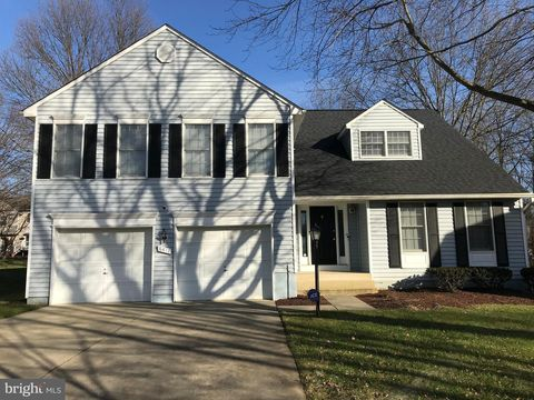 Photo of 6417 Four Foot Trl, Columbia, MD 21045