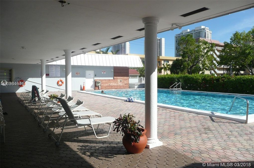 3550 Ne 169th St Apt 306, North Miami Beach, FL 33160