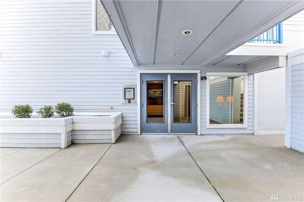 2244 13th Ave W Apt 402, Seattle, WA 98119