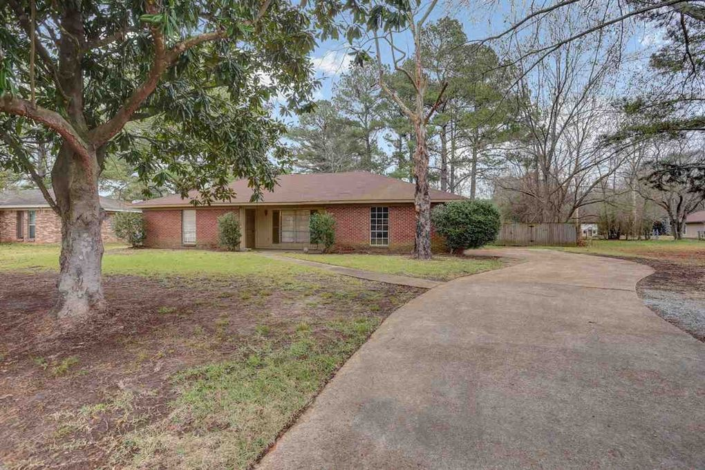 416 S Church St, Florence, MS 39073