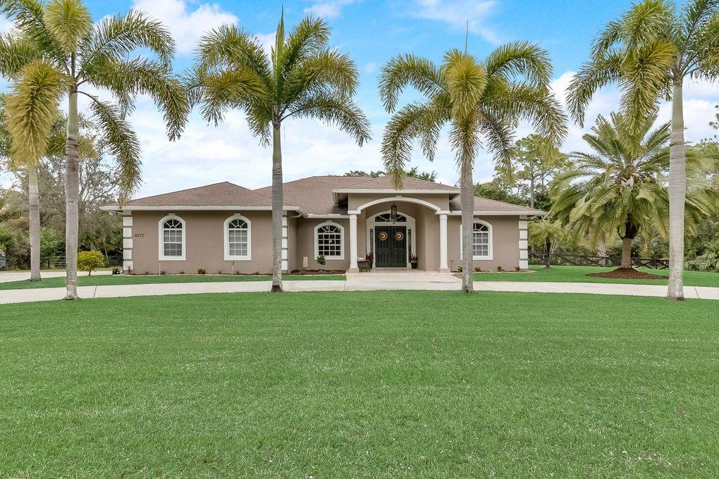 16573 Key Lime Blvd, The Acreage, FL 33470