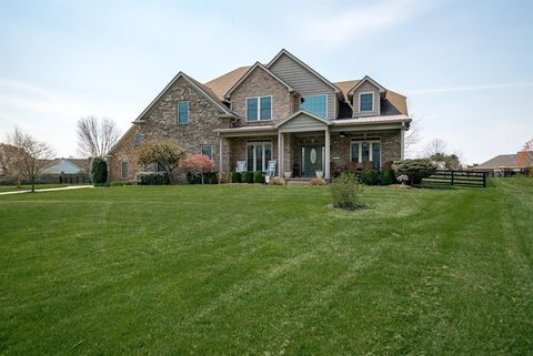 Photo of 491 Gaffney Ct, Versailles, KY 40383