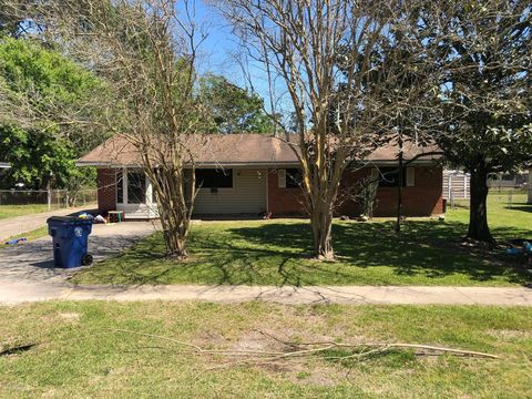Photo of 1212 Lurose Dr, Crowley, LA 70526