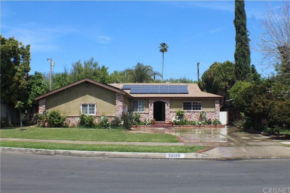 22155 Kittridge St, Woodland Hills, CA 91303
