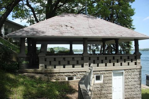 309 Indian Point Rd, Twin Lakes, WI 53181
