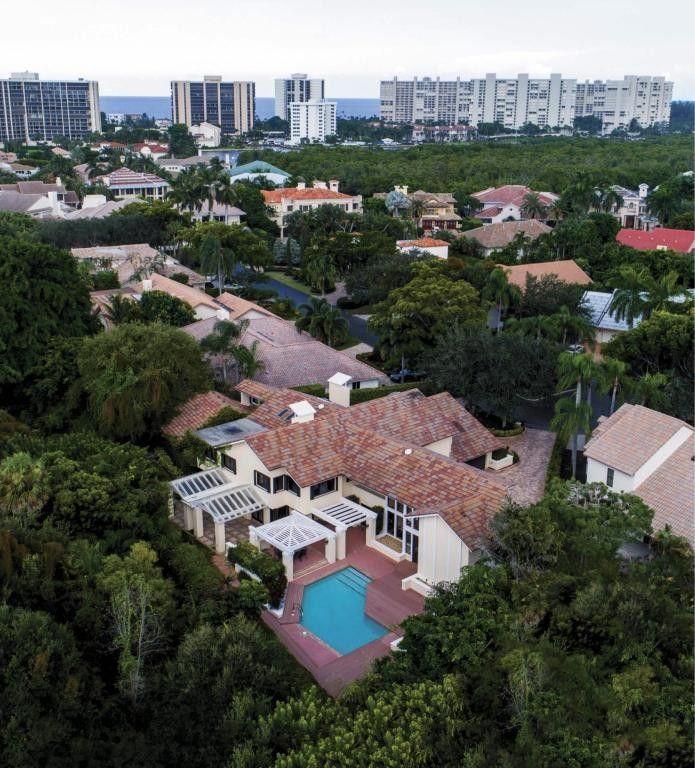 525 Sandpiper Way, Boca Raton, FL 33431
