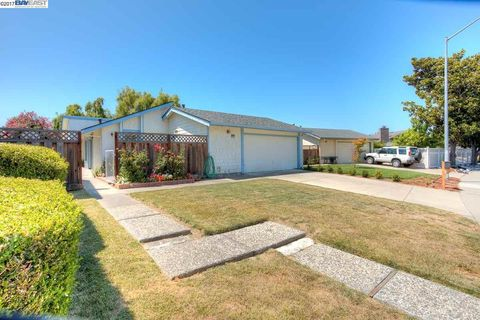 34909 Osprey Dr, Union City, CA 94587