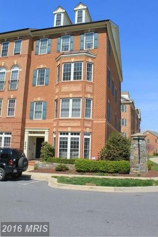 9542 Hyde Pl, Frederick, MD 21704