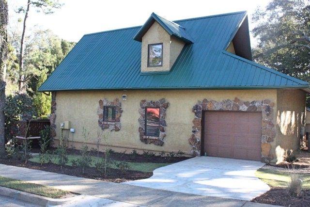 454 Oak St, Fairhope, AL 36532