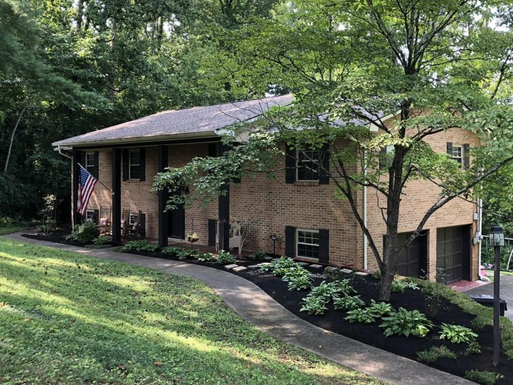 5615 Crestwood Dr, Knoxville, TN 37914