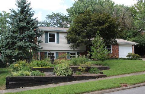 Photo of 3275 Foxtale Ct, Lexington, KY 40517