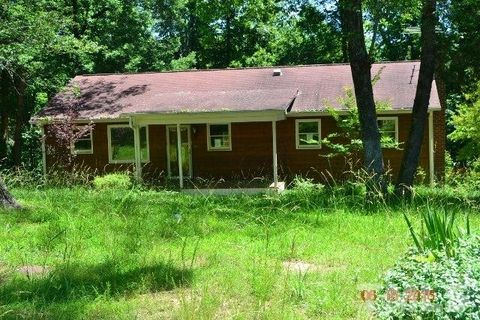 208 Forest Dr, Graham, NC 27253