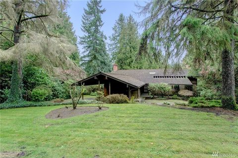 5249 W Mercer Way, Mercer Island, WA 98040