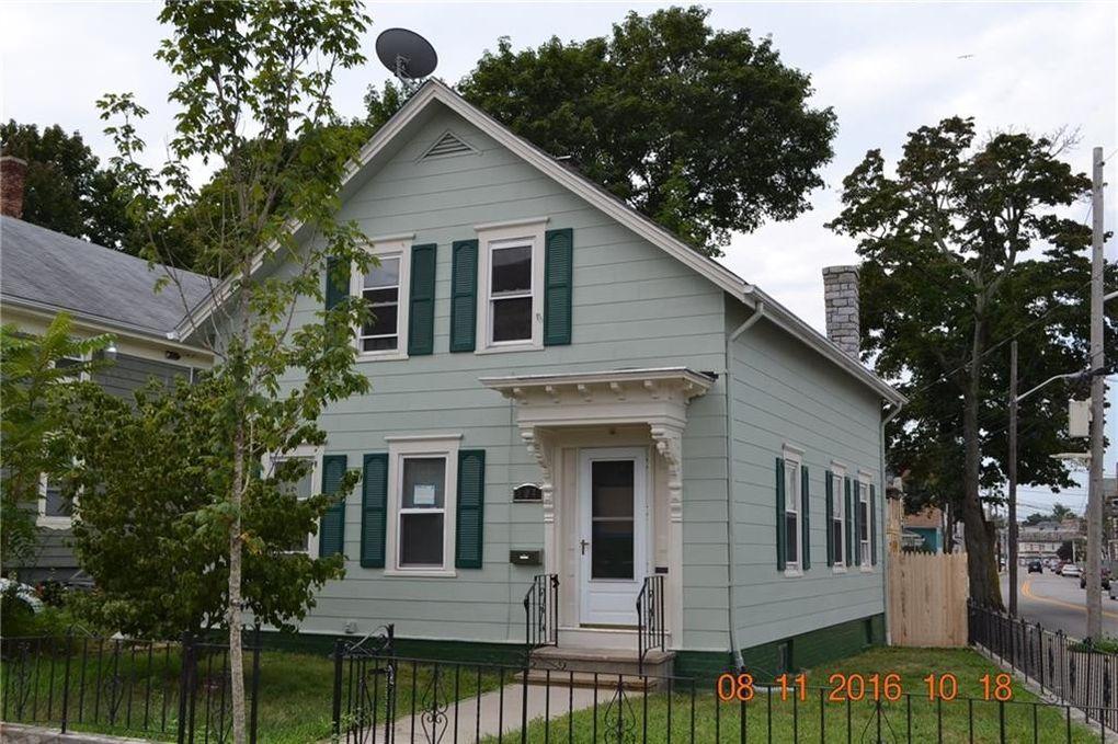 104 Illinois St, Central Falls, RI 02863