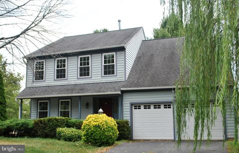 Stupendous 20110 Foreclosures Foreclosed Homes For Sale Realtor Com Download Free Architecture Designs Terchretrmadebymaigaardcom