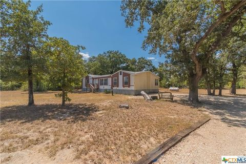 Photo of 980 Plant Rd, Luling, TX 78648