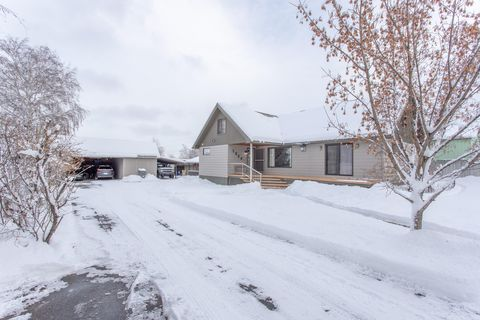 Photo of 1325 Methow St, Wenatchee, WA 98801