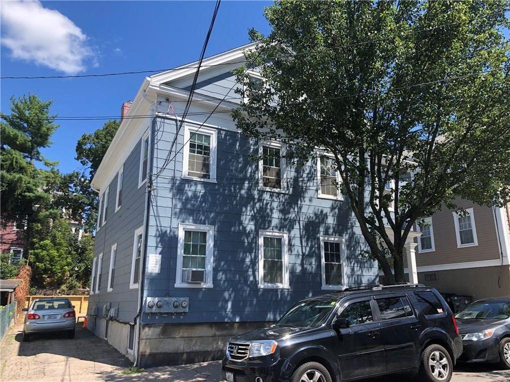65 Arnold St, Providence, RI 02906