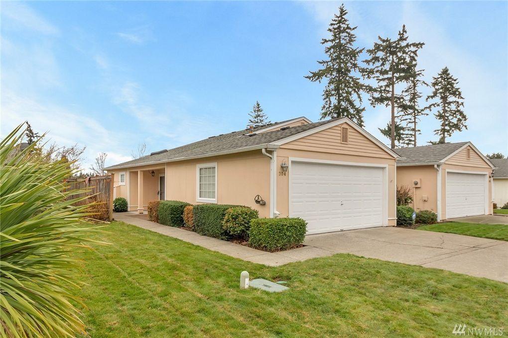 304 105th St E, Tacoma, WA 98445