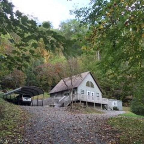 Photo of 90 Bear Ridge Rd, Tuckasegee, NC 28783
