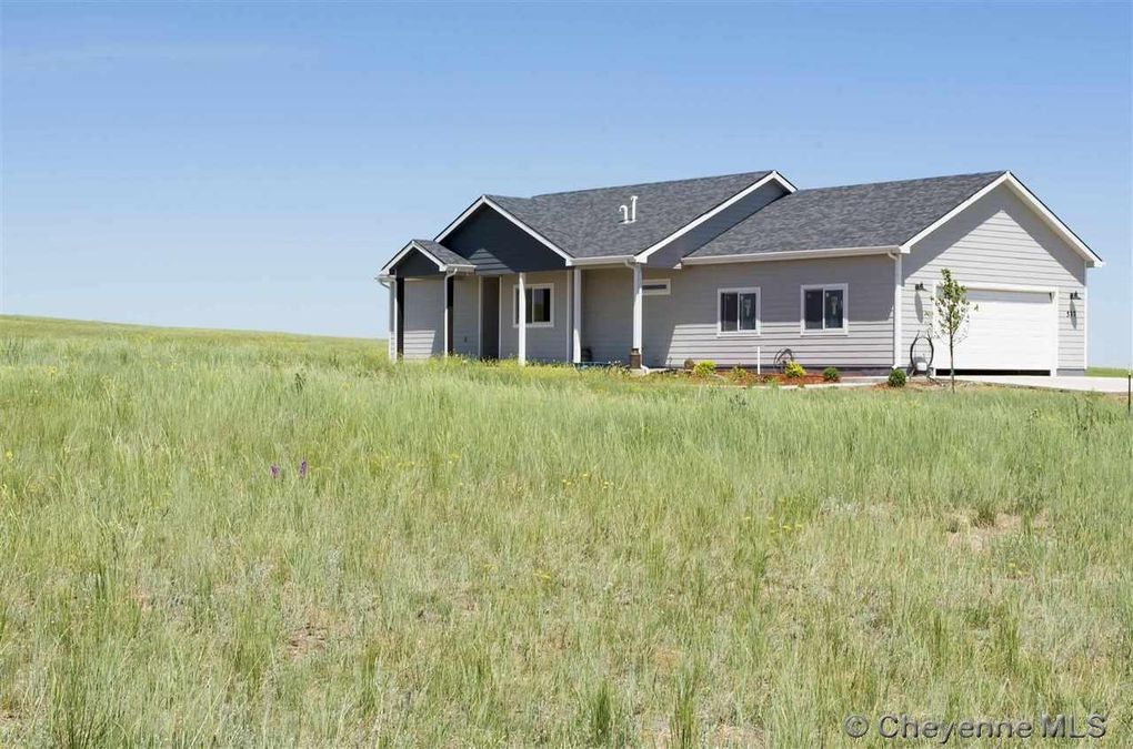 537 Chimney Rock Loop, Cheyenne, WY 82059