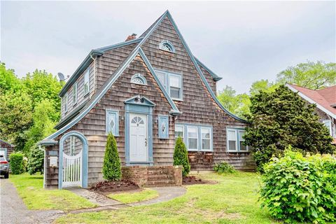 Photo of 10 Kay Blvd, Middletown, RI 02840