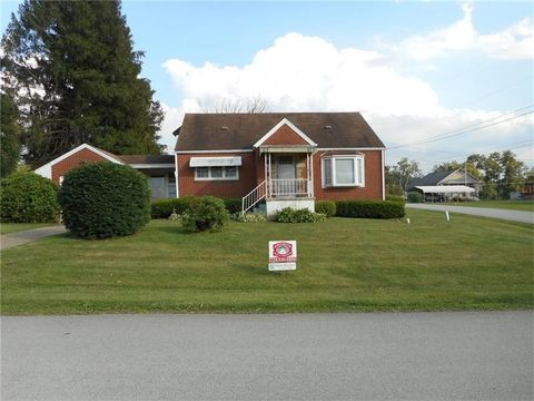 313 National Ave, Centerville, PA 15417