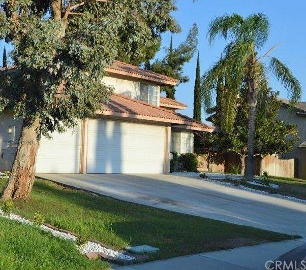 931 N Teakwood Ave, Rialto, CA 92376
