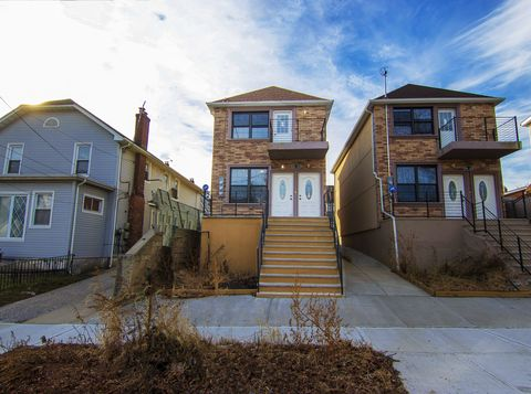 Photo of 100-40 200th Unit House, Queens, NY 11423