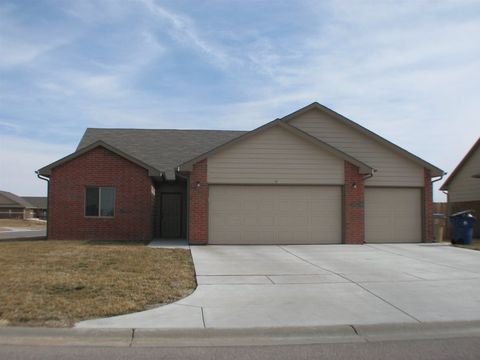 1953 E Cedar Tree Ct, Park City, KS 67219