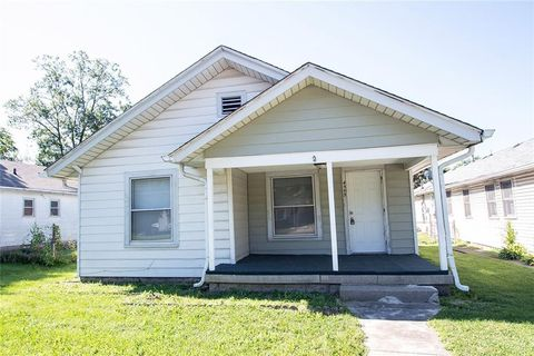 Photo of 4305 E 16th St, Indianapolis, IN 46201