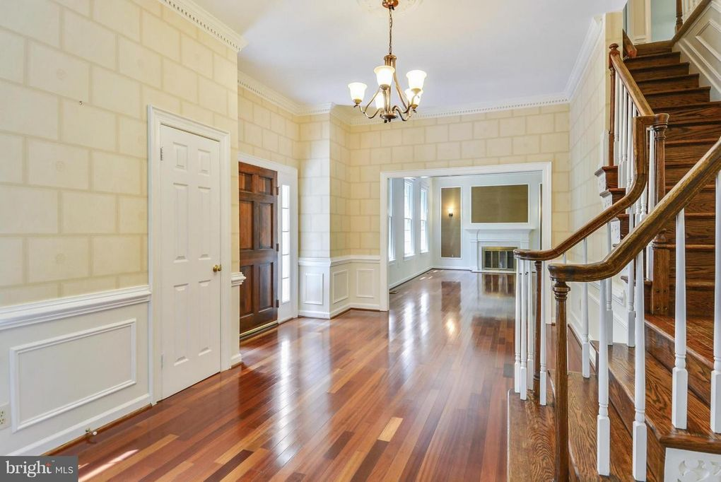 11110 Hampton Rd, Fairfax Station, VA 22039 - realtor.com®