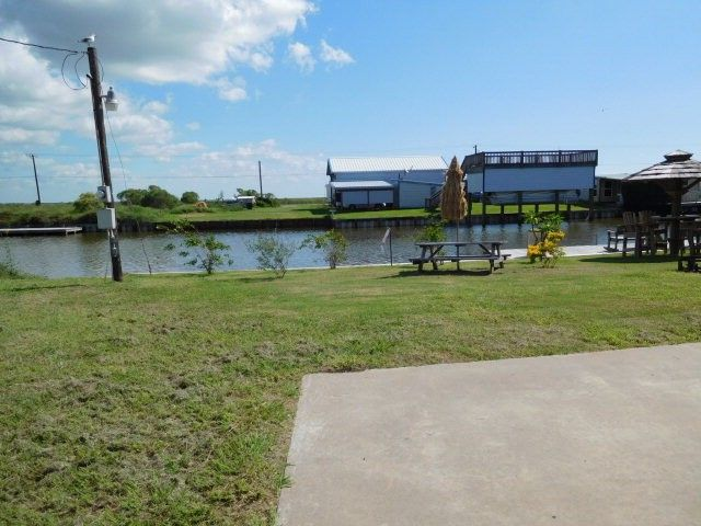 sargent county singles For sale - 757 county road 291, sargent, tx - $414,800 view details, map and photos of this single family property with 4 bedrooms and 2 total baths mls# 60808734.
