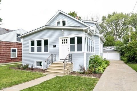 414 E Washington St Villa Park IL 60181
