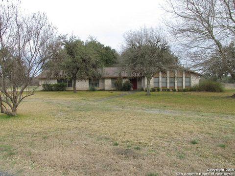 Photo of 21044 N Ranch Road 187, Utopia, TX 78884
