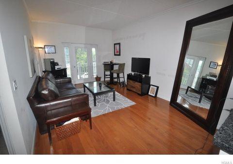 31 Greenridge Ave Apt 2 K, White Plains, NY 10605