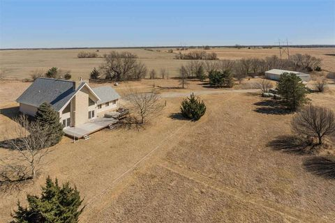 Photo of 8928 S East Lake Rd, Whitewater, KS 67154