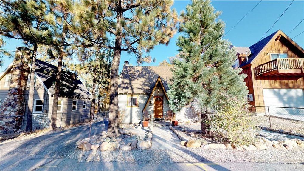 Big Bear Christmas.609 Temple Ln Big Bear Ca 92315