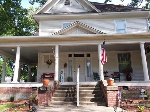 Photo of 319 W Church St, Williamston, NC 27892