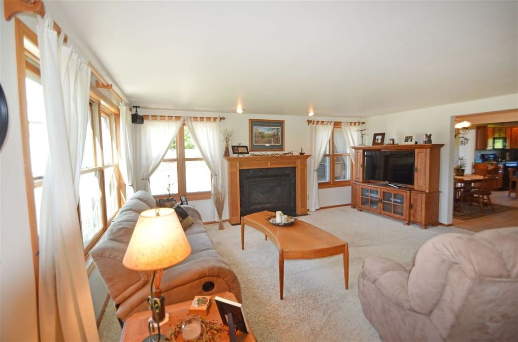 2757 Door Creek Rd Stoughton WI 53589 & 2757 Door Creek Rd Stoughton WI 53589 - realtor.com® Pezcame.Com
