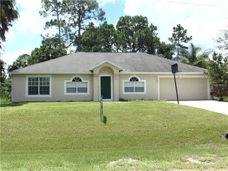 2277 Villa Green Ave, North Port, FL 34288