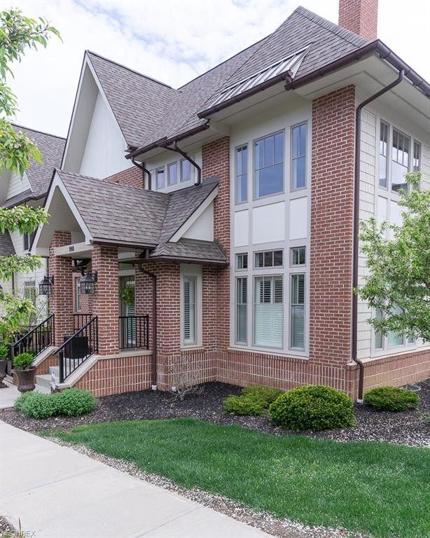 141 Ashbourne Dr Westlake, OH 44145