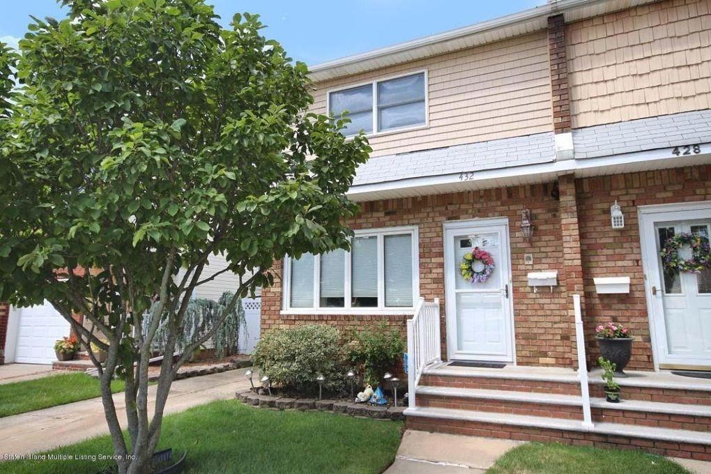 432 Pompey Ave Staten Island, NY 10312