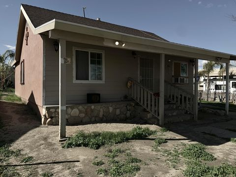 Photo of 211 Montview Ave, Taft, CA 93268