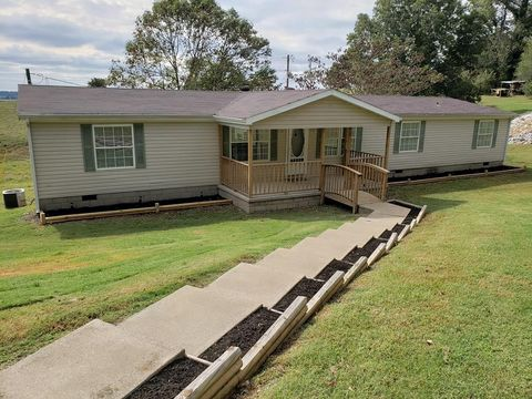 1660 Ray Rd, Lewisport, KY 42351