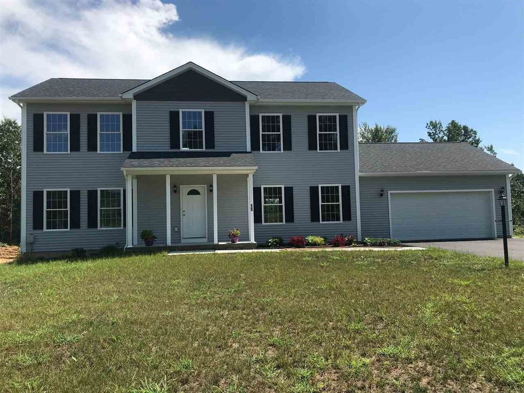 15 Smith Rd Mechanicville, NY 12118