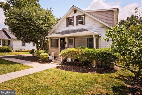 Enjoyable 22205 Real Estate Homes For Sale Realtor Com Interior Design Ideas Helimdqseriescom